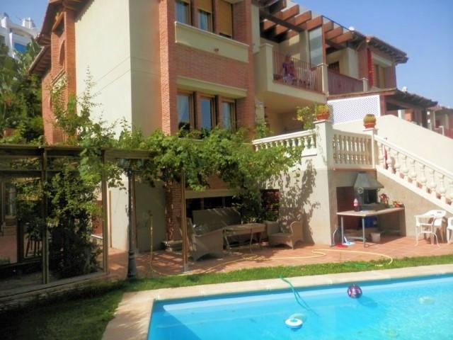 Villa  Semi Detached  in Calahonda