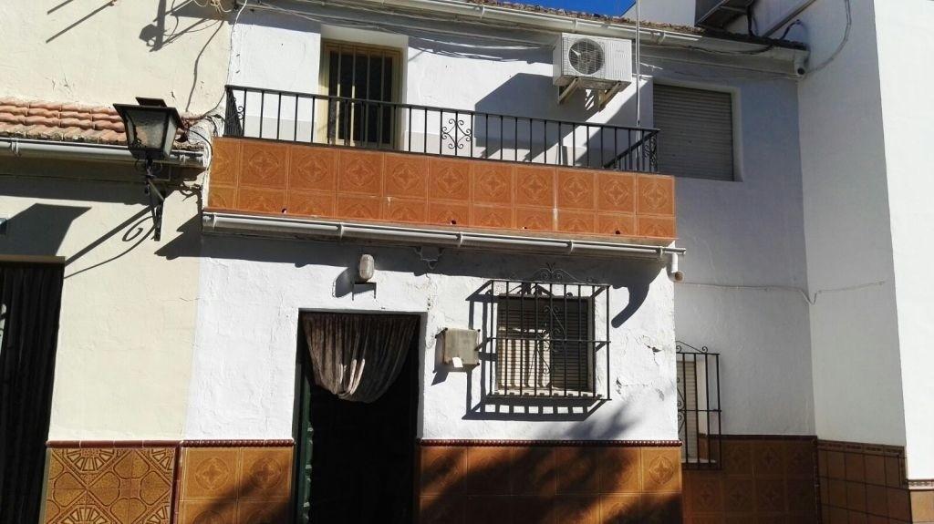 Townhouse, Terraced  for sale    en Pizarra