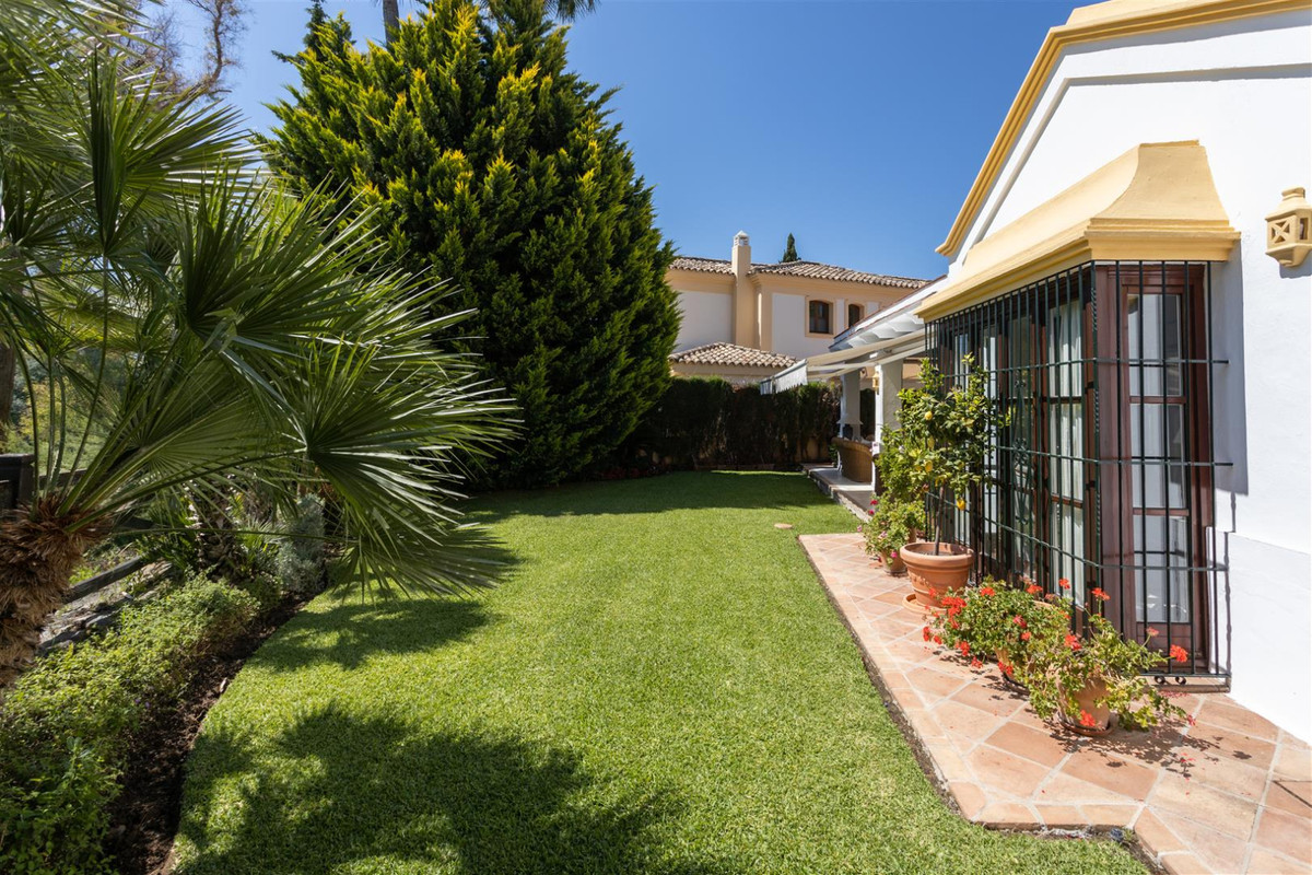 Villa Independiente en Guadalmina Alta, Costa del Sol