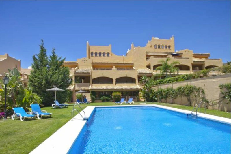 Appartement  Penthouse 													en vente  																			 à Elviria