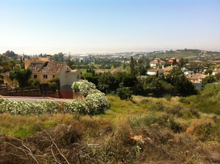 Plot  Land 													for sale  																			 in Nueva Andalucía