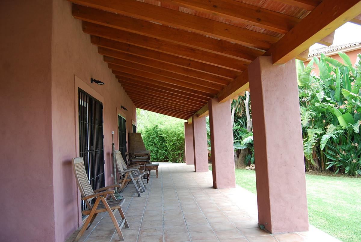 Villa Detached in Atalaya, Costa del Sol
