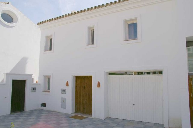 Villa Detached in Guadiaro, Costa del Sol