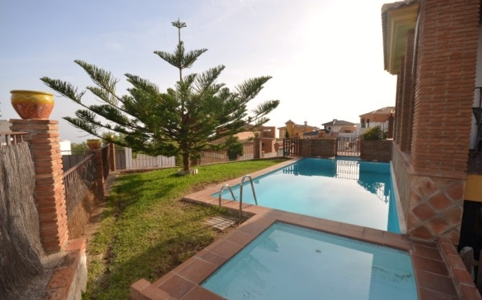 Villa  Detached for sale   in Benalmadena Pueblo