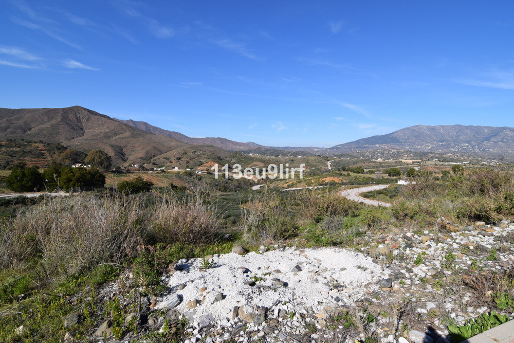 Residential plot located within La Cala Golf Resort with three 18 hole championship golf courses, Cl, Spain