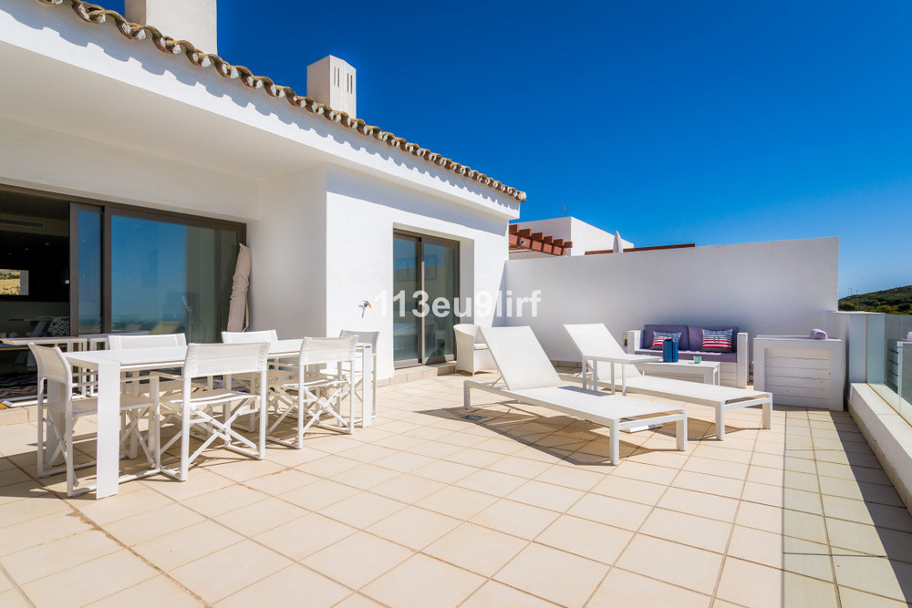 Penthouse in Casares Playa