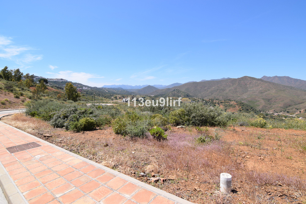Residential plot offering panoramic mountain and golf views located within La Cala Golf Resort with , Spain