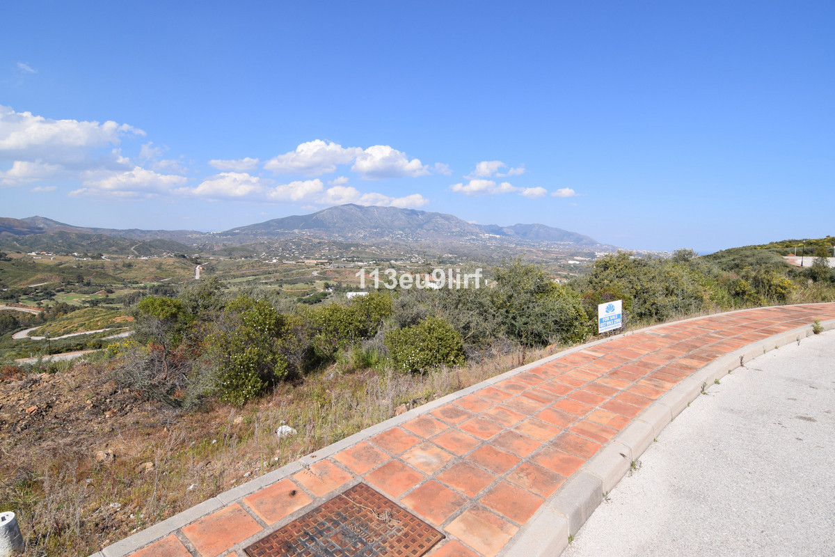 Residential plot offering panoramic mountain, golf and sea views located within La Cala Golf Resort , Spain