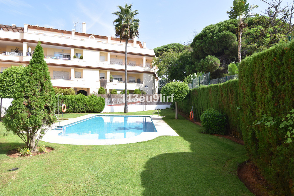 Situated close to the 5 star Vincci Estrella del Mar Hotel in Elviria, this first floor apartment is, Spain