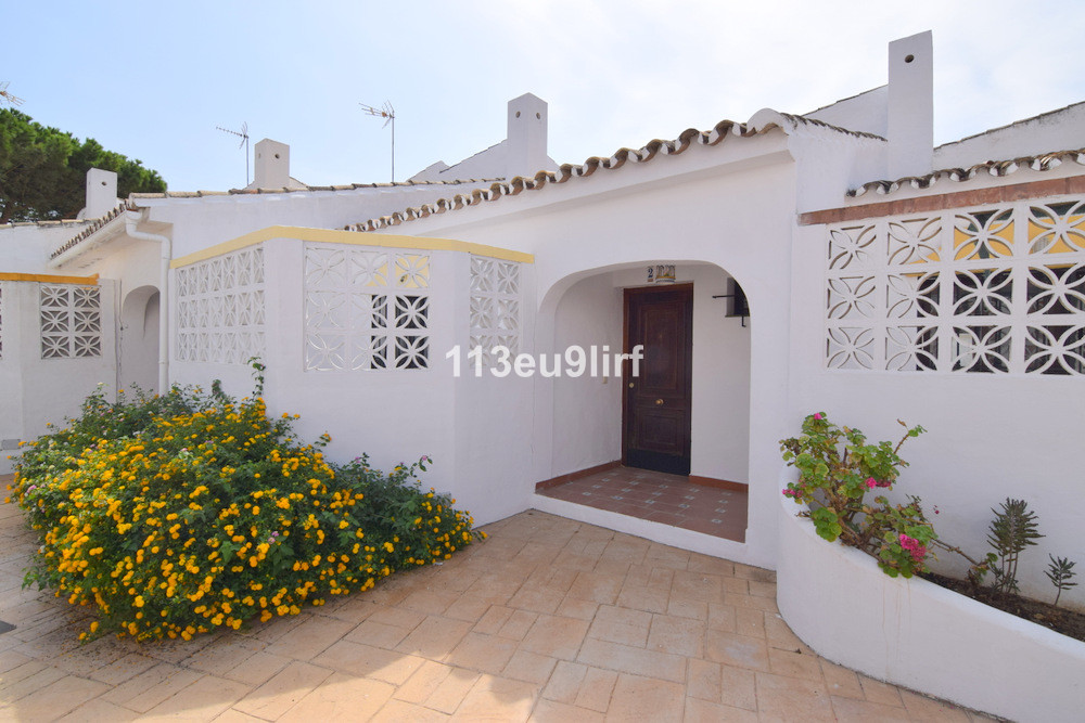 Situated only 100 m from the beach and right next to the Hotel Fuerte Estepona, this townhouse offer, Spain