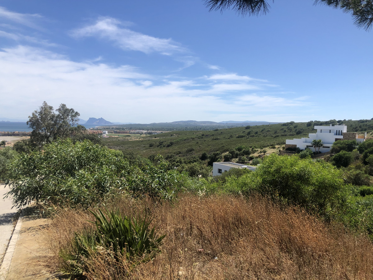 Extraordinary views of Gibraltar and the sea from this plot located in Torreguadiaro, with very easy,Spain