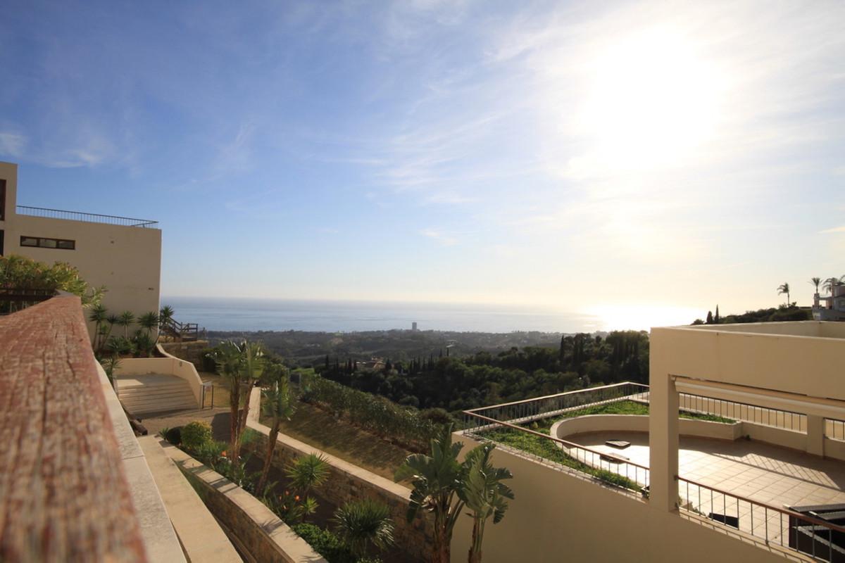 Marbella Banus Apartamento Planta Baja en Venta en Altos de los Monteros – R3610937