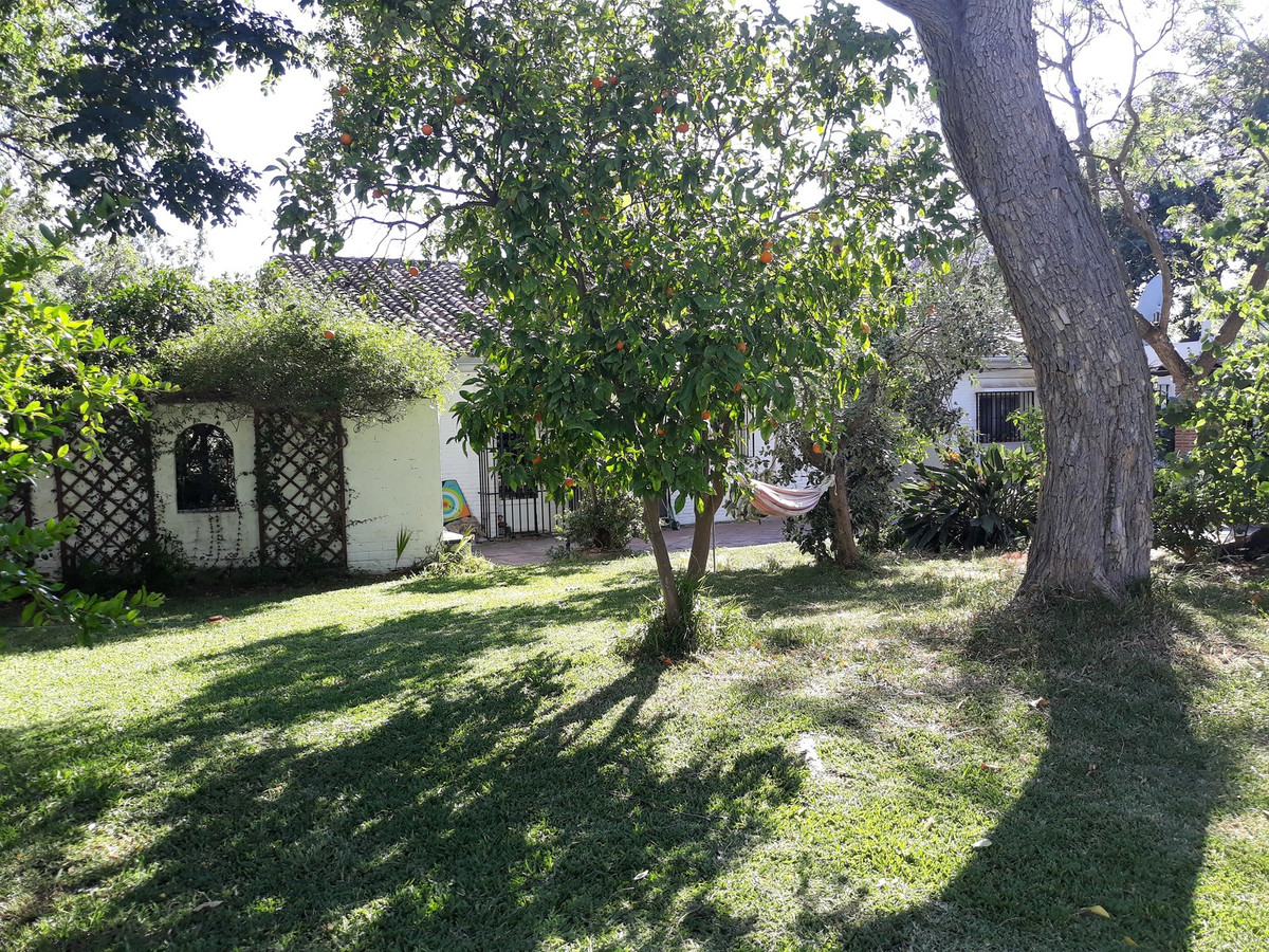 This versatile family home is located in the centre of Los Barrios but enjoys wonderful rural views ,Spain
