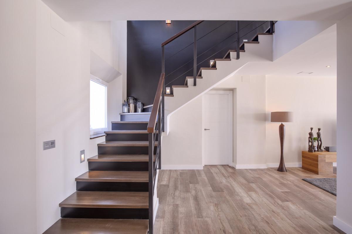 Villa con 5 Dormitorios en Venta Ronda