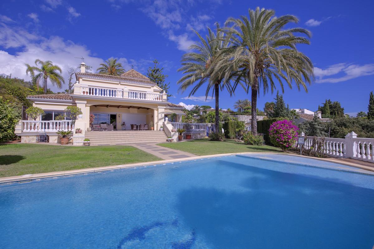 Marbella Banus Villa – Chalet en Venta en El Rosario – R3760024
