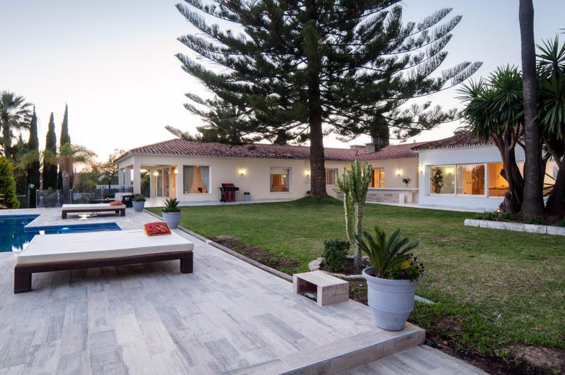 Marbella Banus Villa – Chalet en venta en Elviria – R3045578