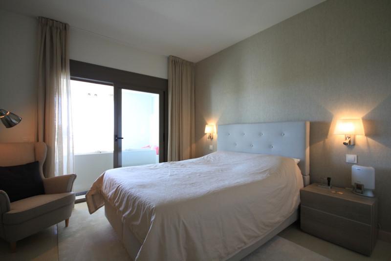 Apartamento Planta Media en venta en Casares – R3475771