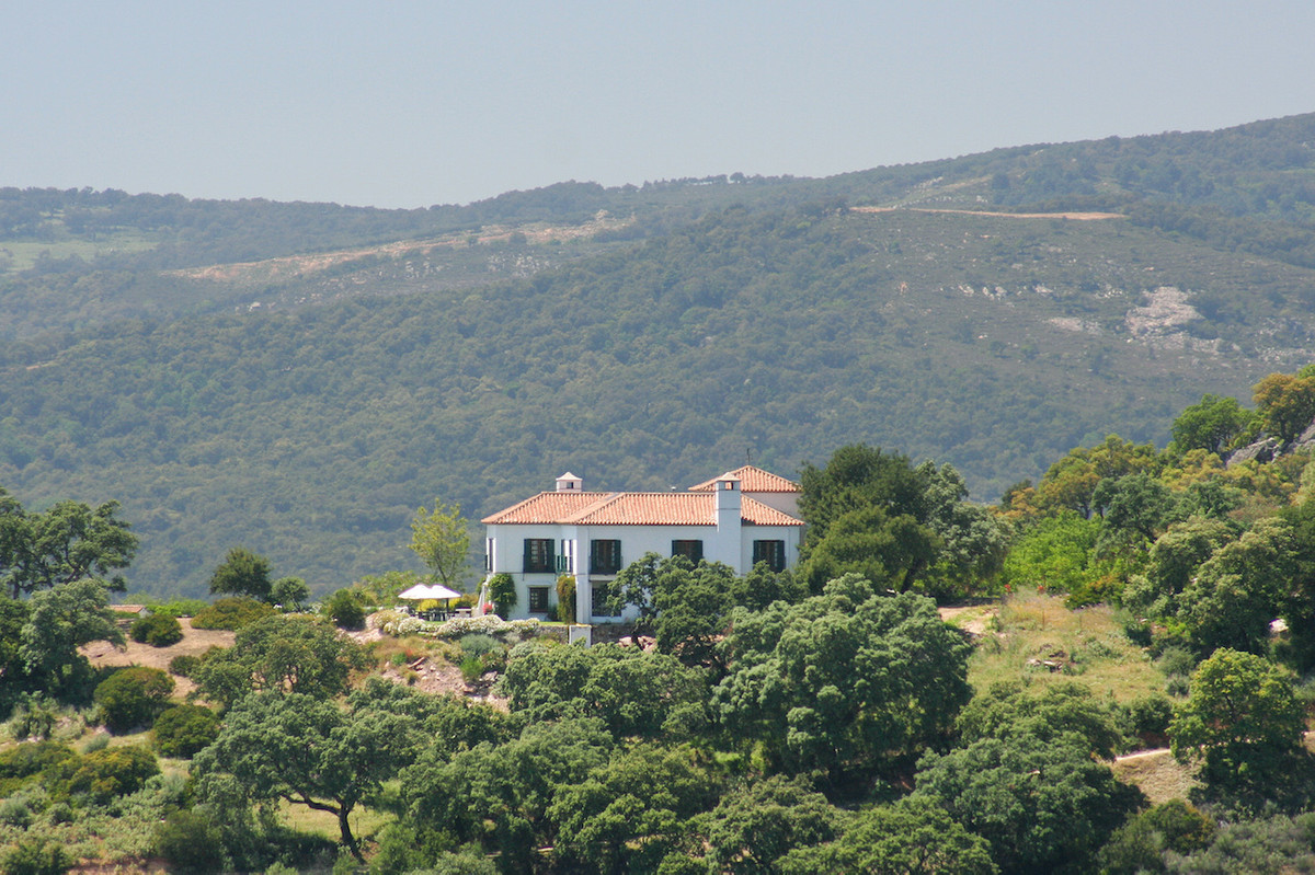 A truly unmissable opportunity to purchase a magnificent country estate in a spectacular location ne,Spain