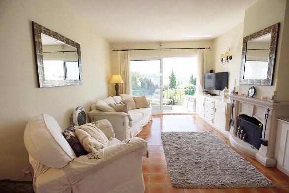 Apartamento en Venta en El Paraiso – R3466966