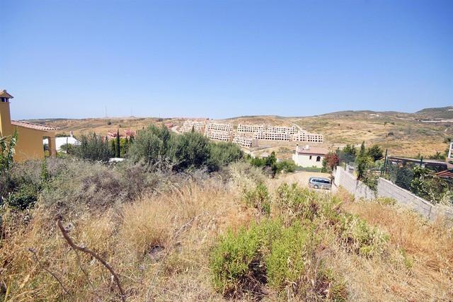 Terreno Urbano en venta en Estepona – R2007623
