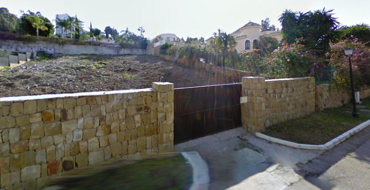 R3188530 | Residential Plot in El Paraiso – € 549,000 – 5 beds, 4 baths