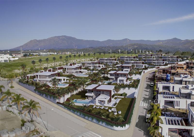 Villas In Estepona 2