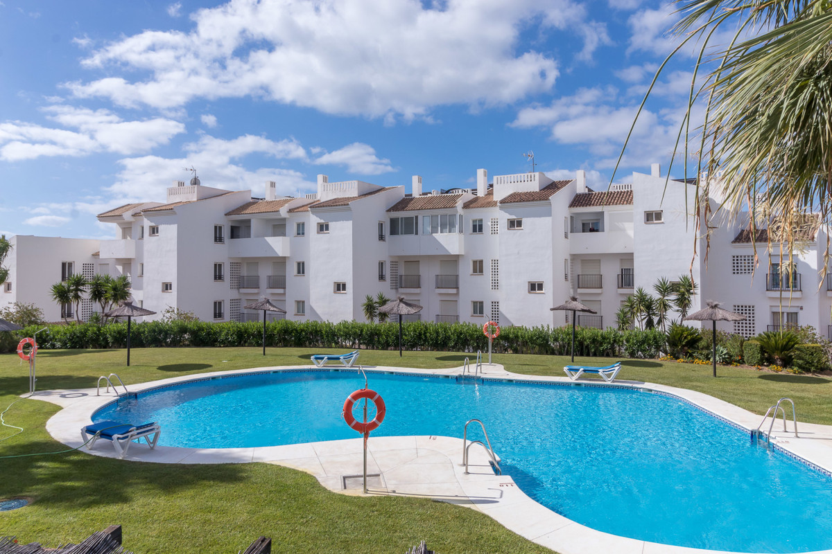 Beautiful  apartment with sea view.  Located in a perfect area, just a few minute walk to Manilva&ap, Spain
