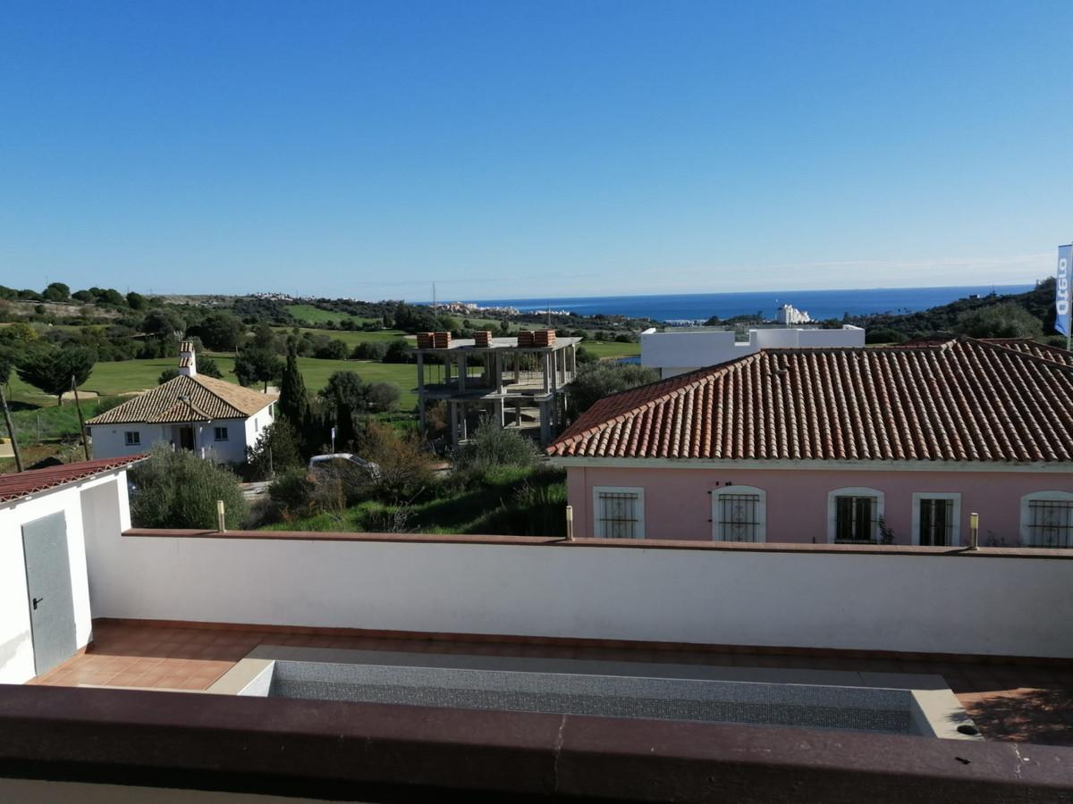Ref:R3557461 Villa - Detached For Sale in Valle Romano