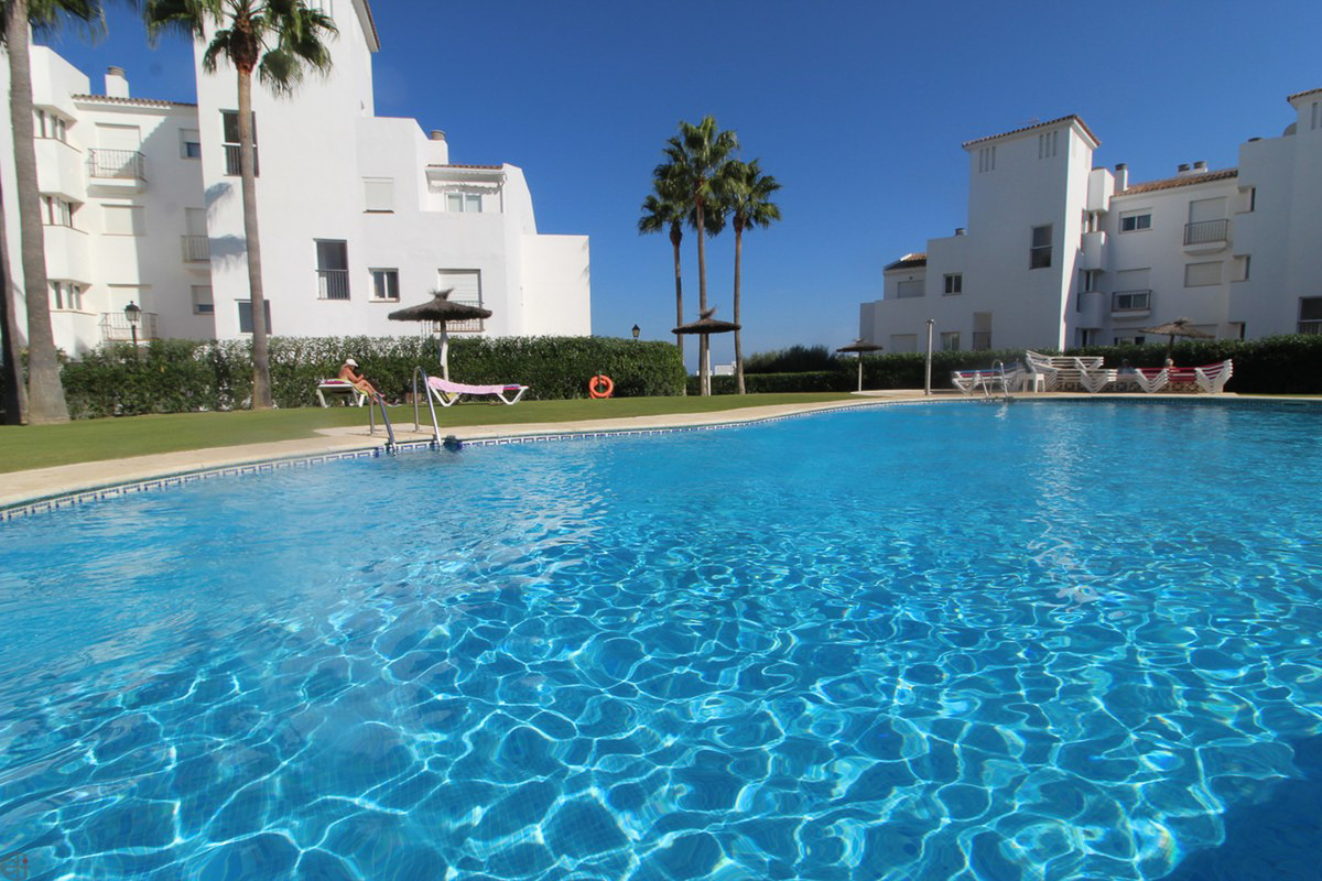Ref:R3534919 Apartment - Middle Floor For Sale in Manilva