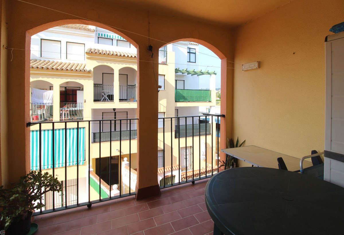 R3180217: Apartment - Middle Floor in Manilva