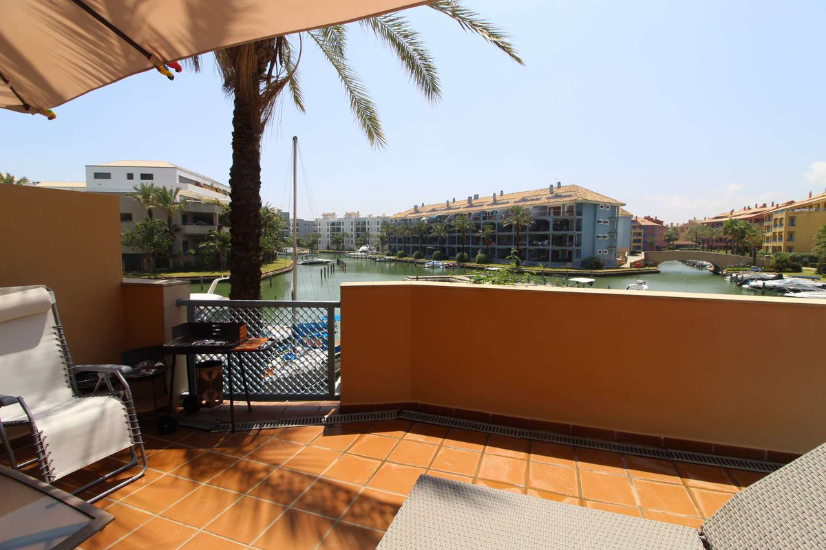 Sotogrande - this apartment impresses with its fantastic location and the comfortable size.  From th,Spain