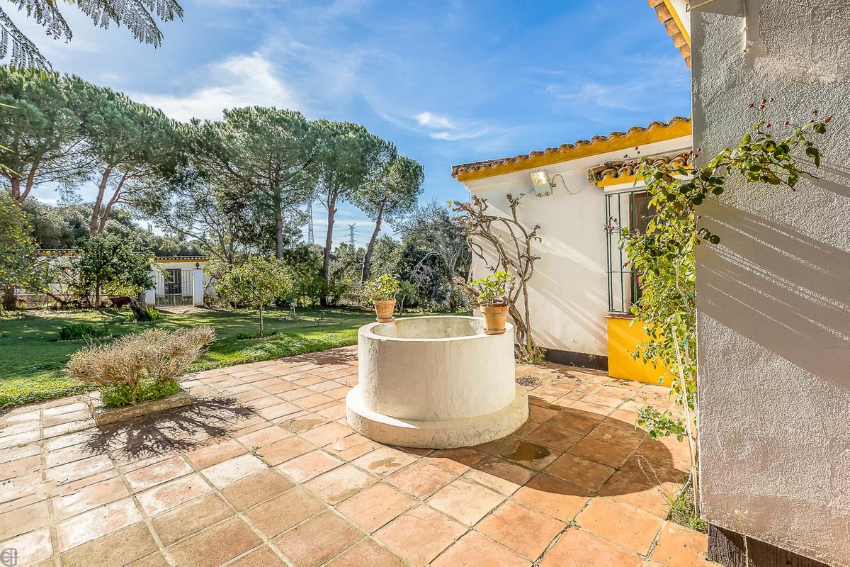 Villa con 4 Dormitorios en Venta San Roque