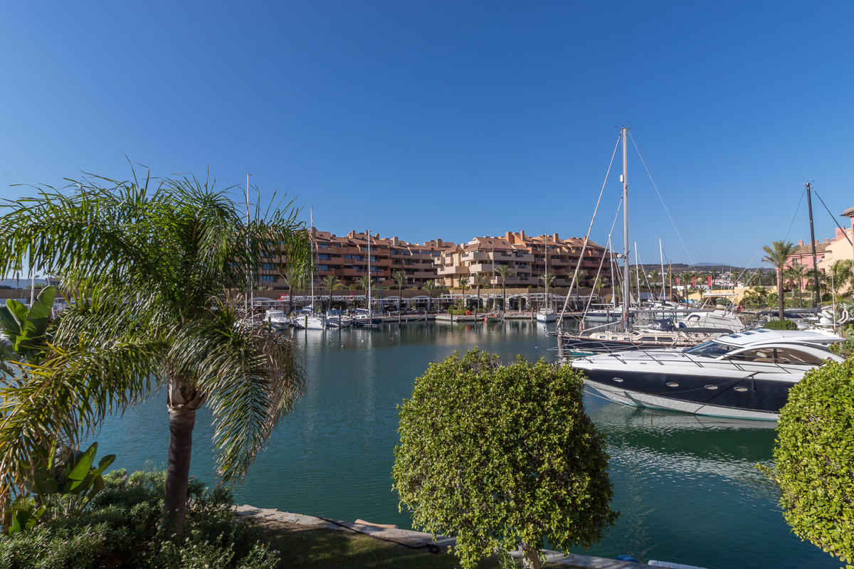 R3520615: Apartment - Ground Floor for sale in Sotogrande Marina