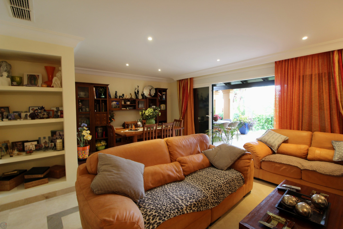 R3253756: Townhouse - Terraced for sale in Estepona
