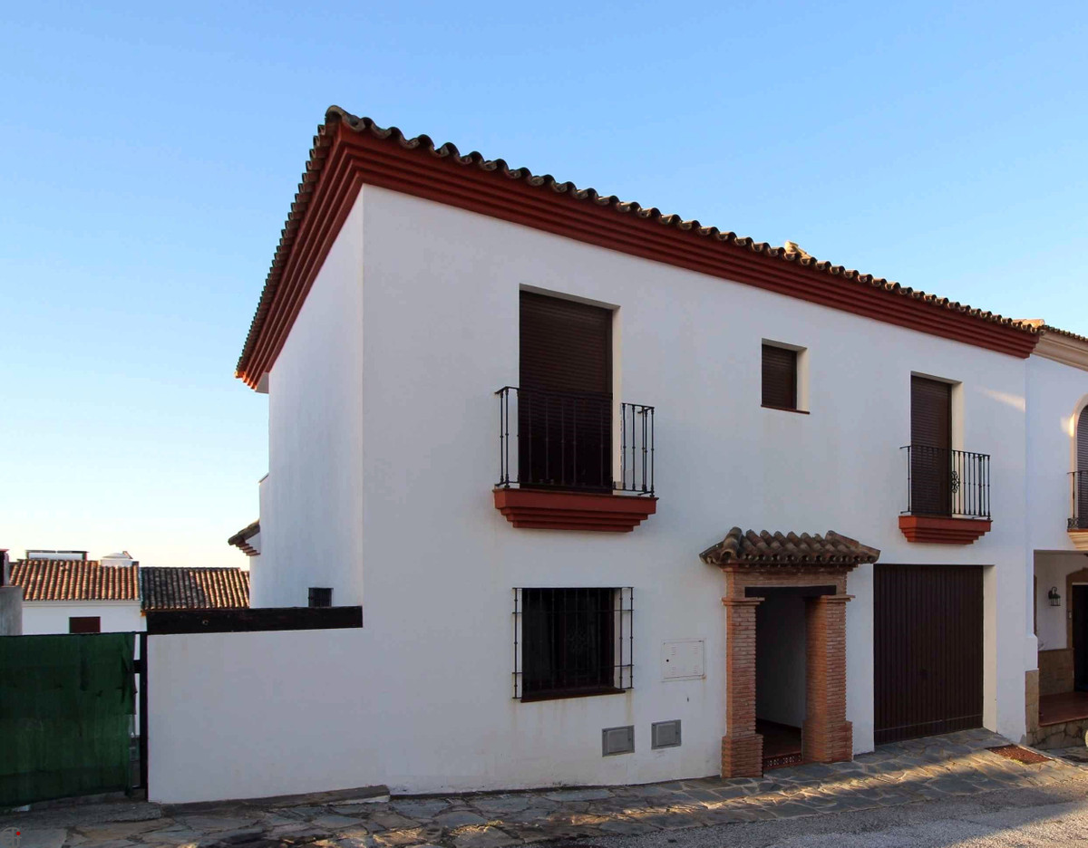R3158245: Villa - Semi Detached in Casares Pueblo