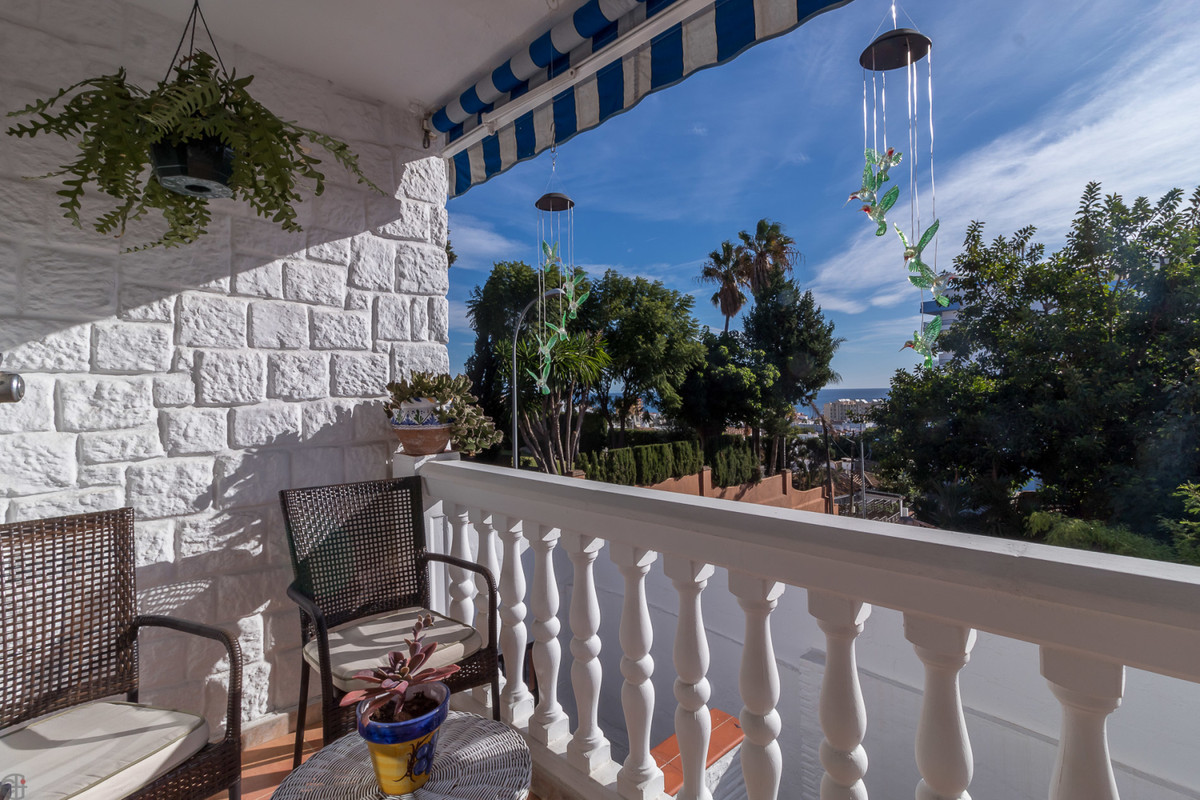 Completely renovated 1-2 family home, close to the beach in Torremolinos.  This lovely detached vill, Spain