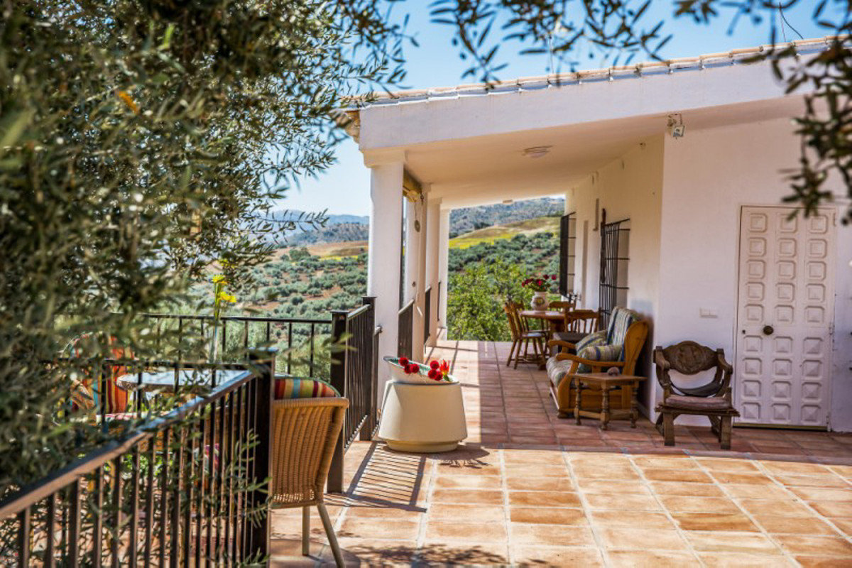 INLAND PROPERTY. 25 minutes from Malaga airport.   Exceptional country property with fabulous views ,Spain