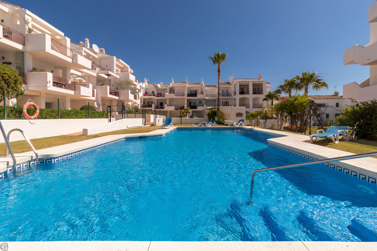 Lovely 2 bed duplex penthouse with sea and mountain views from several terraces.  The urbanization  ,Spain