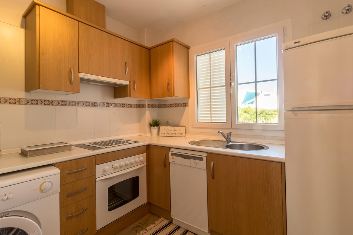 Apartment in Manilva R3439648 12