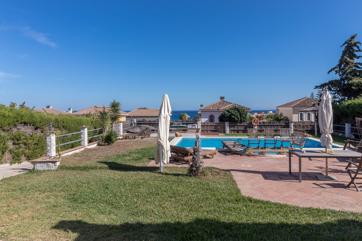 3 Bedroom Villa For Sale, Manilva