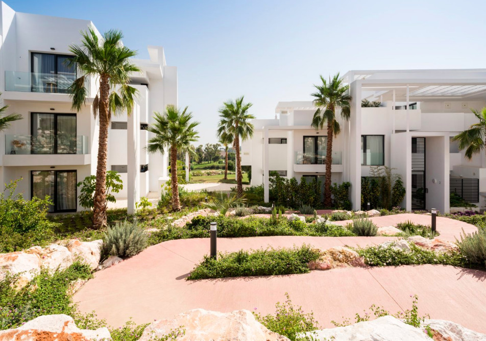 This luxury apartment is located in a gated community in one of the most prestigious areas of the Co, Spain
