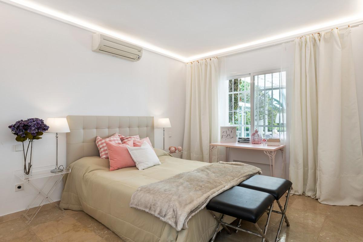 Villa – Chalet en Venta en Nueva Andalucía – R3506680