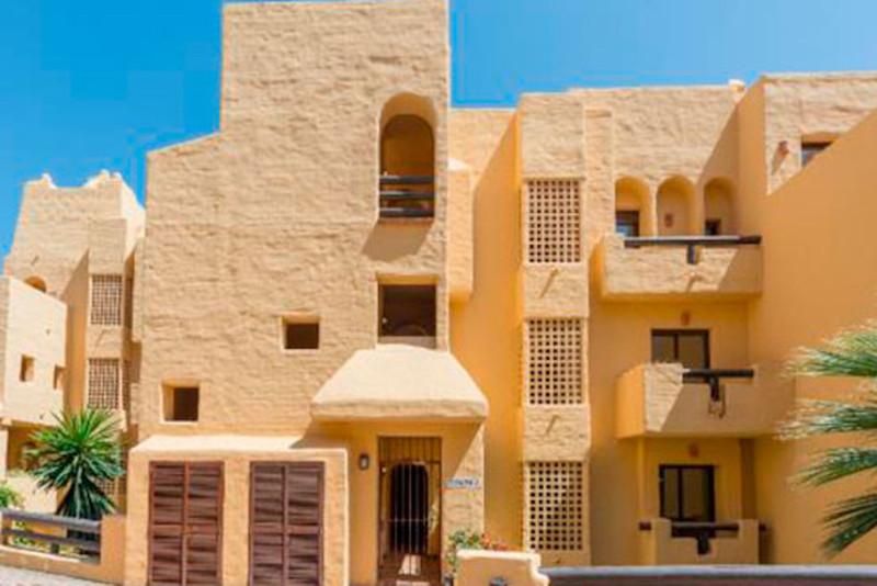 Marbella Banus Apartamento Planta Baja en venta, La Duquesa – R3556828