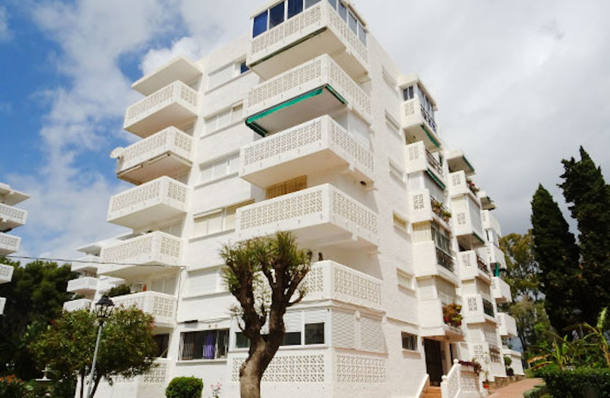 Nice apartment in Estepona, Malaga. It has an area of ??53 m² distributed in 3 rooms, one of which h, Spain