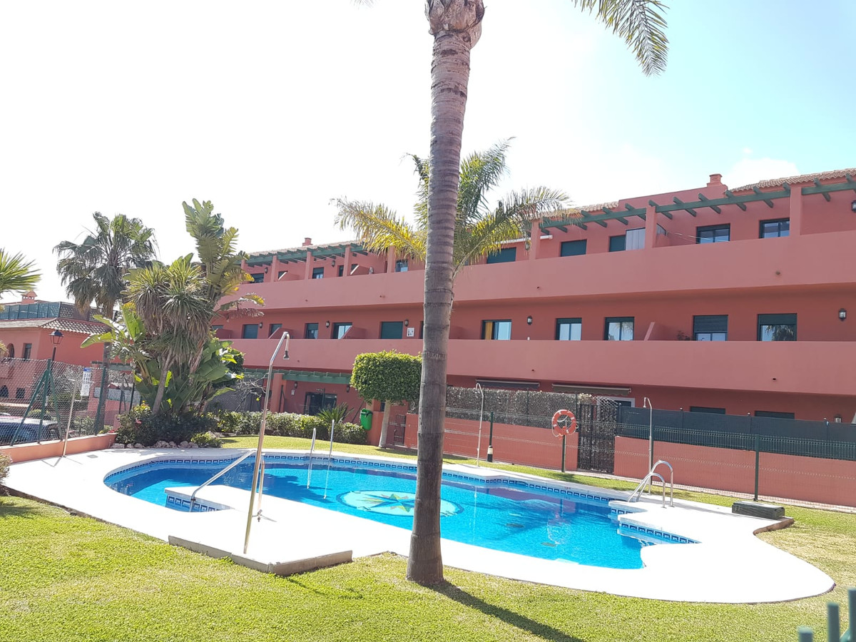 Beautiful newly renovated apartment in urbanization near the sea, this property has been recently re, Spain