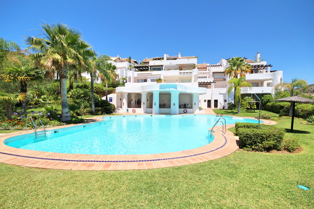 Duplex Penhouse with a unique villa feeling in amazing condition!  A luxurious and spacious 3 bedroo,Spain