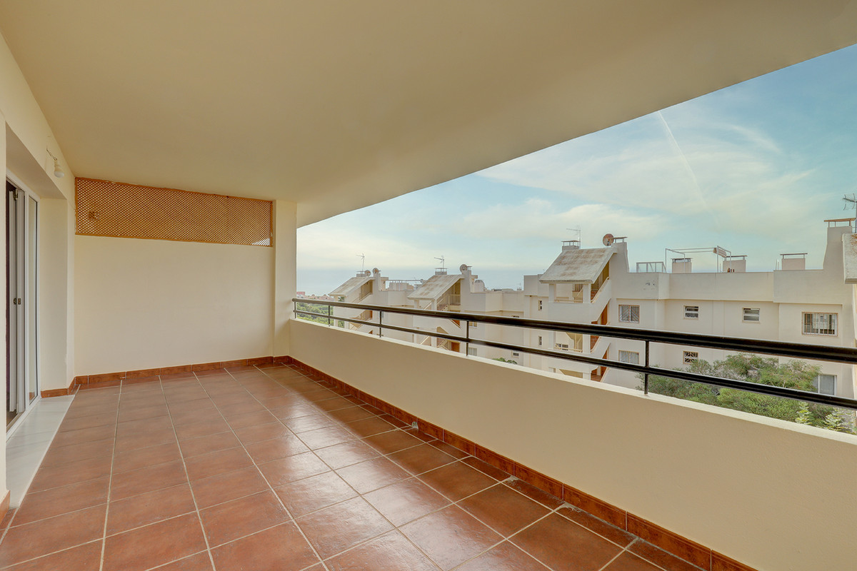 Marbella Banus Apartamento en Venta en Calahonda – R3716027