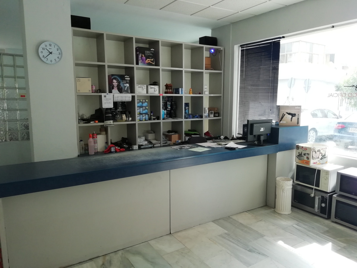 Commercial  Shop for sale   in Fuengirola