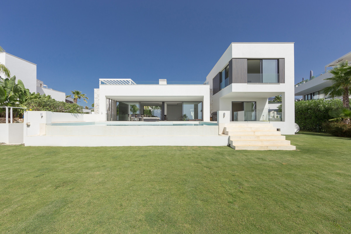 5 Bedroom Detached Villa For Sale Benahavís