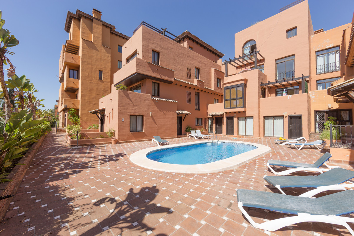 Fantastic duplex penthouse in a tourist complex that has 6 swimming pools, one of them specially equ,Spain